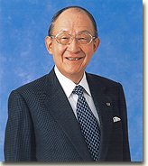 http://www.kikkoman.com/corporateprofile/messagefromchairman/images/01.jpg